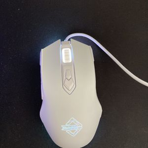 Gaming Mouse 8 Lighting Modes for Sale in Orange, CA