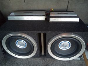 Vendo 12 de 2:500 watts cada una y dos amplificadores Jensen for Sale in Sanger, CA