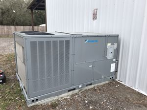 7.5 Ton Daikin package unit 3 Phase - NEVER USED for Sale in Seffner, FL