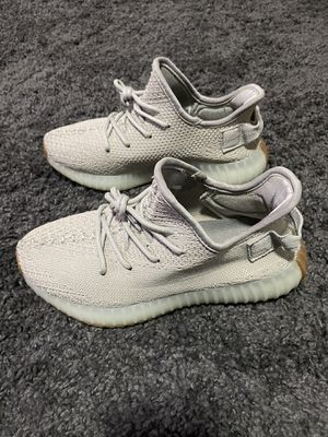 Used Yeezy Boost 350 v2 sesame 6.5 woman for Sale in Dallas, TX