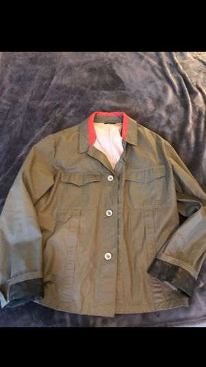Gucci raincoat Large , condo 9/10 authentic made in italy for Sale in Boston, MA