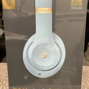 Beats Studio 3 Crystal Blue for Sale in Tempe, AZ