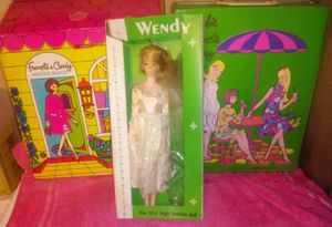 Vintage barbie house mate and doll trunk plus wendy doll for Sale in High Point, NC