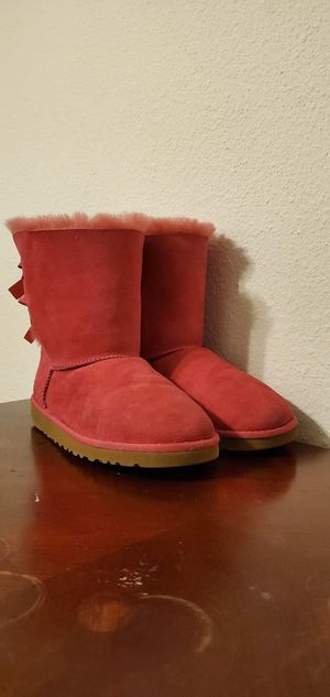 ugg pink boots for Sale in Houston, TX
