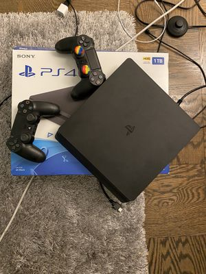 Sony PS4 PS 4 play station for Sale in Alexandria, VA