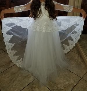 1st communion/flower girl dress should fit ages 10-14 for Sale in Bakersfield, CA