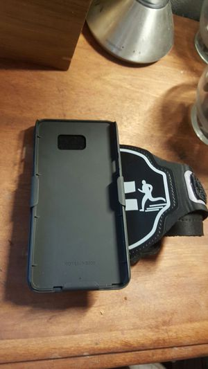 Running arm band for galaxy note 5 for Sale in Modesto, CA