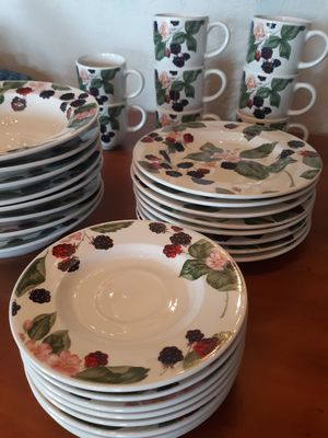 Vintage Tienshan stoneware raspberry for Sale in Strawberry Plains, TN
