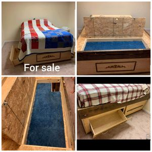 Queen bed frame for Sale in Halifax, PA