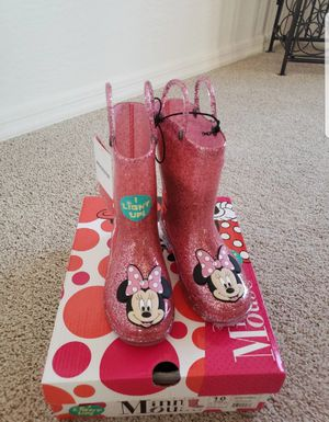Disney Minnie Light up rain boots for kids for Sale in Mesa, AZ