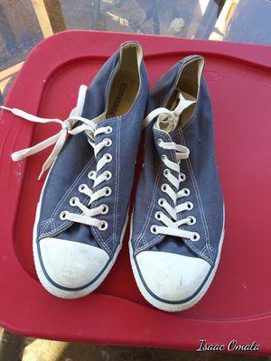 Navy blue converse for Sale in Grand Prairie, TX