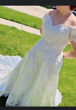 Wedding dress for Sale in Riverside, IL