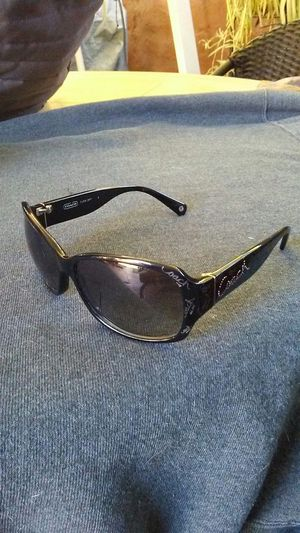 Womens Coach 'taryn' sunglasses for Sale in Burbank, CA