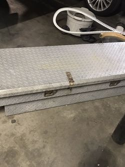 Tool Box Para Truck Pequeña for Sale in Los Angeles,  CA