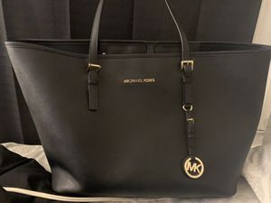 MK tote bag!!! BRAND NEW!! for Sale in Revere, MA