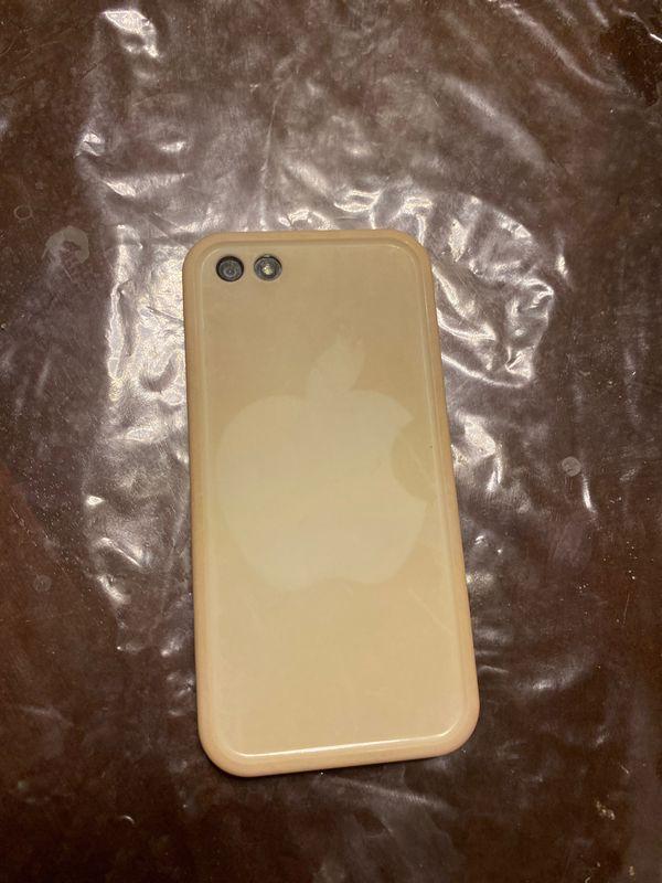 iPhone 5 - UNLOCKED