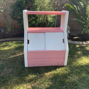 little tikes toy box for Sale in Fontana, CA