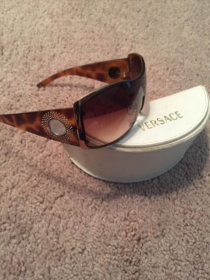 Authentic Versace Shield sunglasses for Sale in Chicago, IL