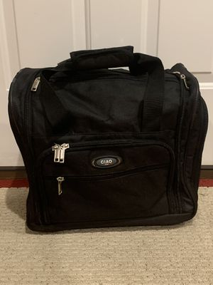 Carry-On/Rolling Suitcase for Sale for Sale in Chicago, IL