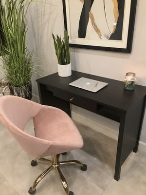 The Perfect Dark Chocolate Desk/Vanity Table for Sale in West Hollywood, CA