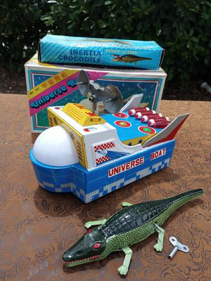 Vintage Tin wind-up & battery operated toy for Sale in Bakersfield, CA