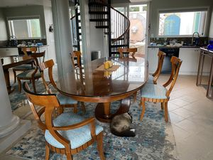 Dining Room Table & Chairs for Sale in La Costa, CA