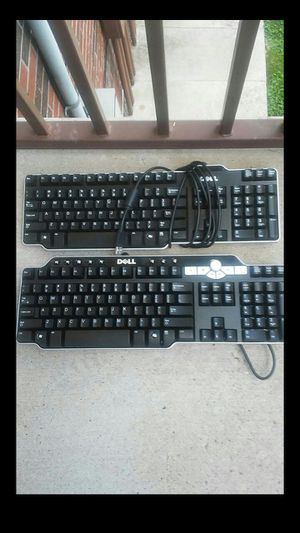 2 Dell Wired Keyboards for Sale in Nashville, TN