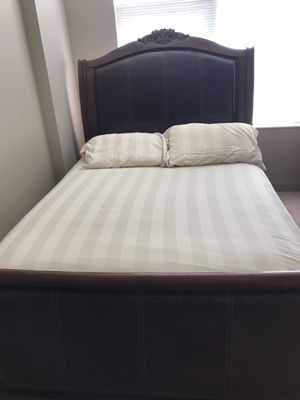 Queen bed frame for sale (includes box spring) for Sale in Chicago, IL