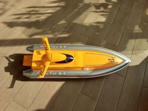 Decorative remote control Flying Fish A-6 Model speed boat for Sale in Alhambra, CA