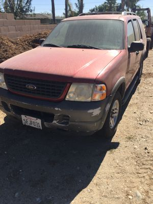 02 Ford Explorer 6 cyl for Sale in Fontana, CA