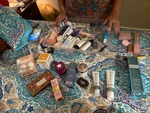 Skin care lot for Sale in Puyallup, WA