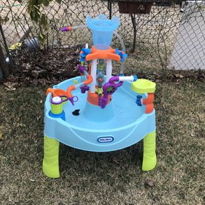 Kids Water Table 🐳 for Sale in Dallas, TX
