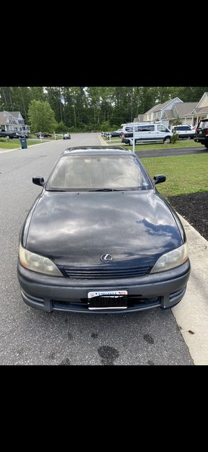 1996 Lexus Es300 (Black) for Sale in VA, US