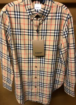 Burberry long sleeve shirt for Sale in Miami, FL