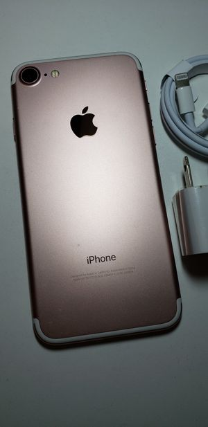 Apple iPhone 7 32gb Rosegold Unlocked 🌟🌟 for Sale in Lexington, KY