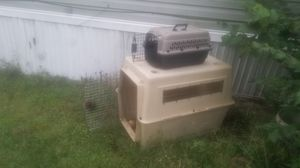 2 DOG/CAT KENNELS for Sale in Penn Hills, PA