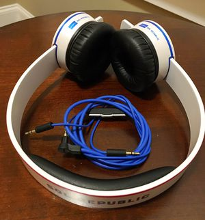 SOL REPUBLIC US Anthem On-Ear Headphones (Blue , Red, White) for Sale in Winder, GA
