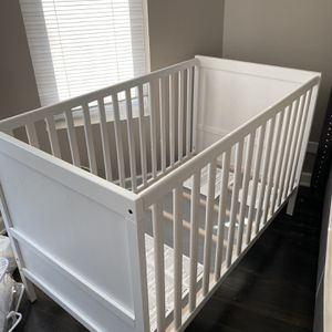 Crib - Brand New for Sale in Chicago, IL