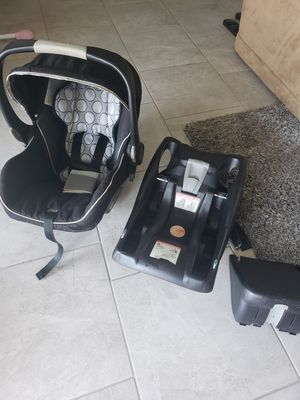 Britax car seat for Sale in Peoria, AZ
