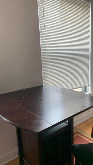 Kitchen table / fold down on each end if needed for Sale in Chicago, IL