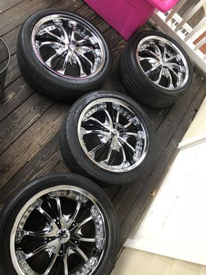 18 inch rims for Sale in Durham, NC