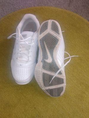 Men's air Nike shoes 10'5 gentle worn for Sale in Alexandria, VA