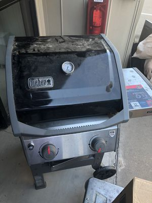 Weber gas grill with free propane tank for Sale in Oak Point, TX