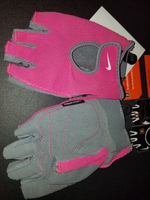 Nike womens Training gloves pink new with TAGS. Pick Up only for Sale in Decatur, GA