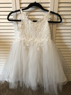Size 5T flower girl dress for Sale in Cumming, GA