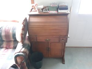 Roll top desk for Sale in Albion, IN