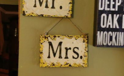 Wedding, Married, Mr. Mrs Signs for Sale in Irving,  TX