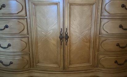 Beautiful Wood & Marble Dresser with Mirror for Sale in Rancho Santa Margarita,  CA