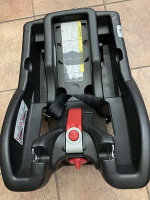 Graco click connect car seat base for Sale in Arlington, TX