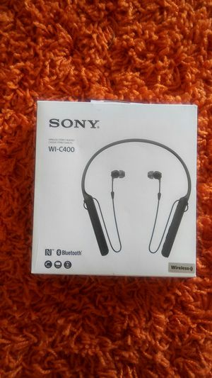 Sony Bluetooth headphones. WI-C400 for Sale in Smyrna, TN